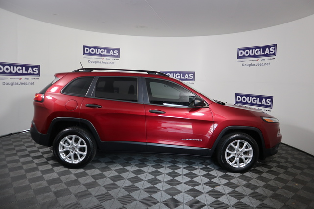 Pre-Owned 2015 Jeep Cherokee FWD 4dr Sport