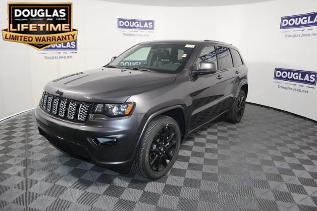 New 2019 JEEP Grand Cherokee Altitude 4x2