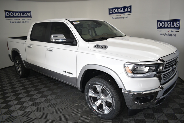New 2020 RAM 1500 Laramie 4x4 Crew Cab 5'7 Box