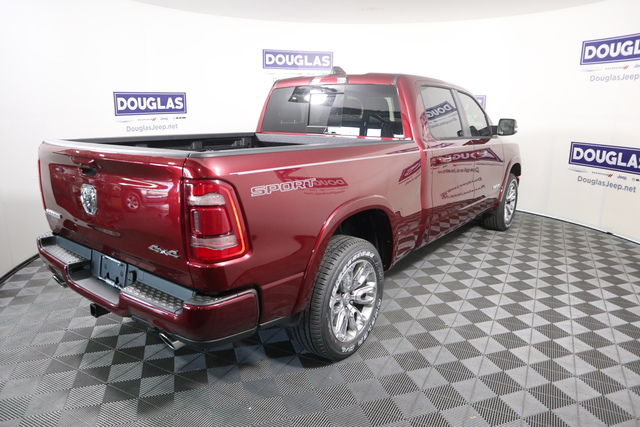 New 2020 RAM 1500 Laramie 4x4 Crew Cab 6'4 Box