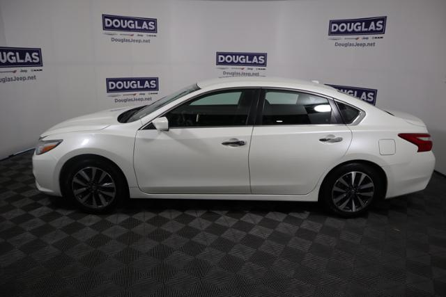 Pre-Owned 2017 Nissan Altima 2017.5 2.5 SV Sedan