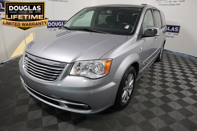 Pre-Owned 2014 Chrysler Town & Country 4dr Wgn Touring-L 30th Anniversary