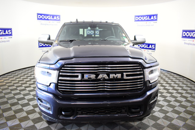 New 2020 RAM 3500 Laramie 4x4 Crew Cab 8' Box