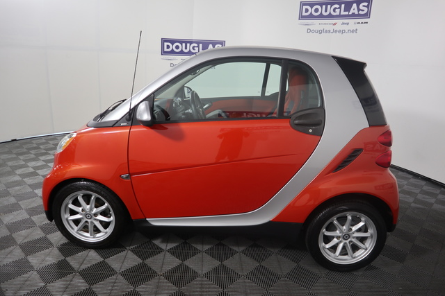 Pre-Owned 2008 smart fortwo 2dr Cpe Passion