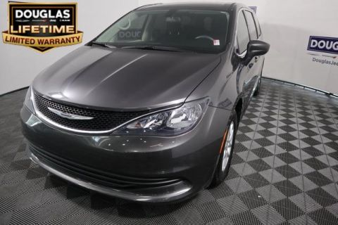 Pre-Owned 2018 Chrysler Pacifica LX FWD