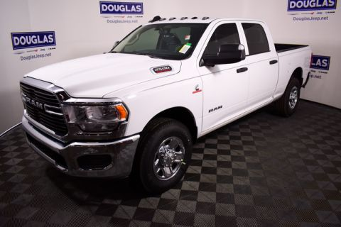 New 2020 RAM 2500 Tradesman 4x2 Crew Cab 6'4 Box